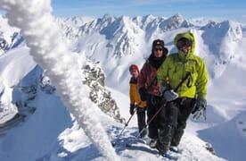 Skitouren rund um die Medelserhütte